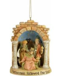 slash prices on fontanini three lighted nativity