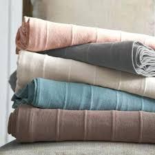 plaid gris canapé plaids pour canapes gran plaid para el sofa gris plaid pour canape