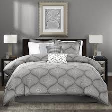 Size Difference Between Queen And King Comforter Best 25 Grey Comforter Queen Ideas On Pinterest Comforters Bed