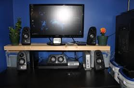 My Gaming Pc Setup Tour Youtube by Desk Setup Tour Bobs July Youtube Awful Computer Images Ideas 49