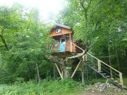 Treehouse Camping Quebec - the treehouse picture of au diable vert sutton tripadvisor