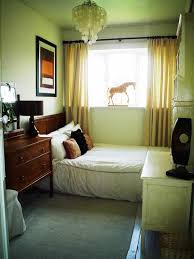 small bedroom decorating ideas decorating tips for a small bedroom