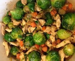 cuisiner les choux de bruxelles poulet aux choux de bruxelles recette de poulet aux choux de