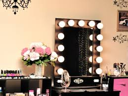 Make Up Mirrors With Lighted Bedroom 34 Beautiful Makeup Vanity For Lighted Makeup Mirror