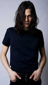 long haired skater boys 20 celebrity men with long hair mens hairstyles 2018