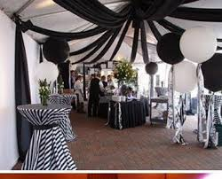 18 Black And White Wedding Decorations