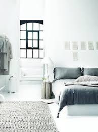chambre blanche moderne chambre blanche moderne avec tapis maille gris