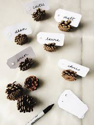 thanksgiving name card holders easy thanksgiving diy parcel tag pinecone place cards table