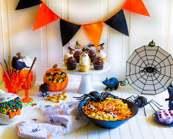 halloween party fun halloween party tablescape ideas quick easy fun