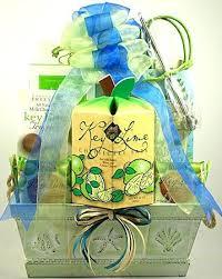 Summer Gift Basket 32 Best Summer Gift Baskets Images On Pinterest Summer Gift