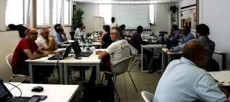 bureau perpignan coworking station coworking perpignan location espace de travail