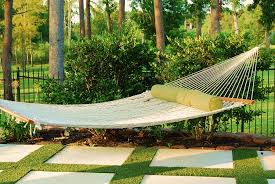 10 cool things we all need to have in our backyards