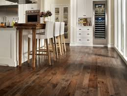 Laminate Flooring With Oak Cabinets Flooring U0026 Rugs Classic Oak Cabinets Set Design With Brown Subway