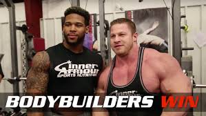 Nfl 225 Bench Press Record Watch Pro Bodybuilder Benches 225 Pounds 58 Times In Head To Head