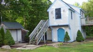 amazing 520 sq ft 2 story cottage for sale in meredith nh