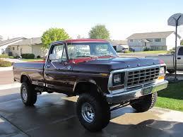 1977 Ford Truck Mudding - 4