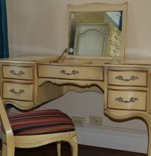 Bassett French Provincial Bedroom Furniture by Union Furniture French Provincial Vanity With Chair Ebth