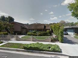 the real brady bunch house los angeles california brady bunch home s elderly owner thwarts burglars realtor com