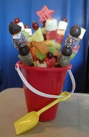 plastic skewers for fruit arrangements 31 best diy edible arrangements images on edible