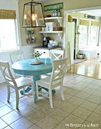 Farmhouse Style Painted Kitchen Table And Chairs Makeover - Painted kitchen tables and chairs