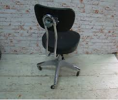 itsthat vintage office chair