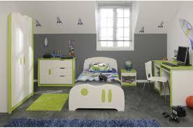 chambre enfant vert chambre vert bleu avec chambre enfants garcon chambre garon 6 photos