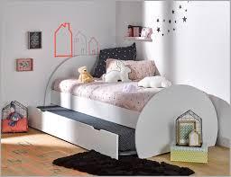 lit pour chambre lits pour enfants 470880 un lit gigogne tout rond pour chambre d