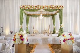 decorations for wedding decorate tent for wedding reception table flowers decoration for