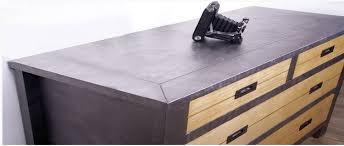 repeindre un bureau en bois peindre un meuble en bois quelle peinture choisir