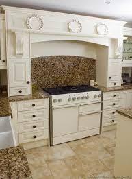 Granite Countertops With White Kitchen Cabinets by 273 Best Granite With White Cabinets Images On Pinterest White