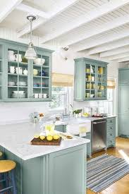 what color to paint kitchen cabinets in small space best kitchen cabinet colors for small kitchens with pictures