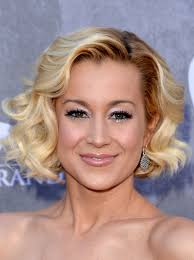 kellie pickler hairstyles kellie pickler at 2014 academy of country music awards hawtcelebs