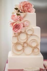 square wedding cakes 53 square wedding cakes that wow happywedd