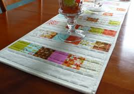 Fall Table Runners by Handmadewhimzy Blog A Fall Table Runner Quilty Finish