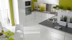 cuisine plan de travail gris cuisine blanche plan de travail gris maison design design de maison