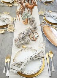 Christmas Decoration Ideas For Table Settings by Best 25 Christmas Table Decorations Ideas On Pinterest