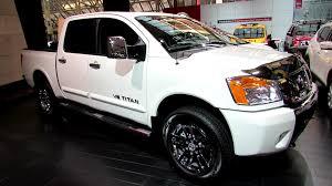 Nissan Titan 2004 Interior 2014 Nissan Titan V8 Sl 4x4 Exterior And Interior Walkaround
