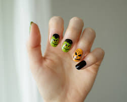 cute halloween nails halloween nail art julia puolitaival
