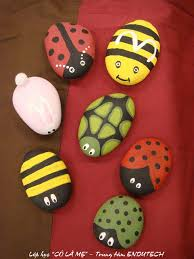 ladybug painted rocks will liven up your garden