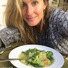 gisele and tom brady u0027s personal chef detailed their plant based