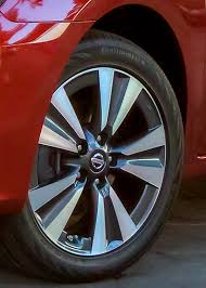 nissan altima 2016 with rims 2016 nissan sentra first look review motor trend