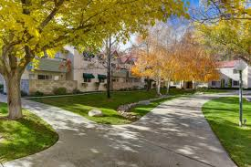 west oaks apartment homes at 43100 30th street w lancaster ca