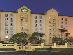 Comfort Suites Ontario Ca Hotel La Quinta Ontario Airport Ca Booking Com