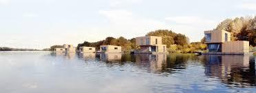 floating houses exworks u2013 plávajúce domy a hausbóty floating houses and houseboats