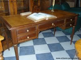 bureau style louis xvi bureau en acajou de style louis xvi artisans du patrimoine