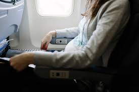 airplane travel things to never do on a plane reader u0027s digest
