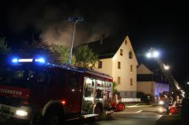 Feuerwehr Bad Wildbad Kfv Cw Scheune Mit Wohnhaus Brannte Lichterloh über 100