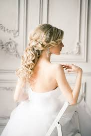 bridal hairstyle for gown trubridal wedding blog wedding hairstyle archives trubridal