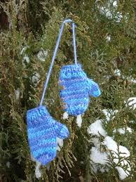 s knitting korner mini mitten ornament free pattern