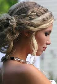Dressy Hairstyles 32 Pretty And Easy Prom Hairstyles Prom Hairstyles Prom And Vintage